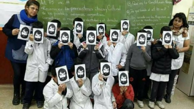 Argentinian educators asking: Where is Santiago Maldonado?